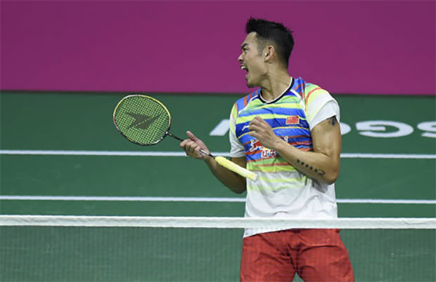 Lin Dan rediscovers his best form to beat Son Wan Ho of Korea in the semi-finals of 2017 World Championships. (photo: AP)