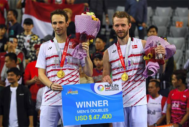 Mathias Boe/Carsten Mogensen and their 2017 Korea Open medals. (photo: AP)