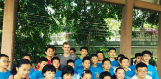 """Viktor Axelsen celebrates the """"Denmark Day"""" with Chinese fans in Guangzhou. (photo: Facebook)"""