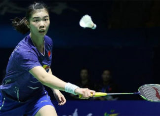 China's badminton sensation Gao Fangjie beats Olympic Champion Carolina Marin in China Open semi-finals. (photo: AP)