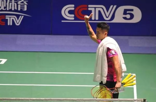 Lin Dan continues to speak up about ridiculous rules in China Badminton Super League. (photo: AP)