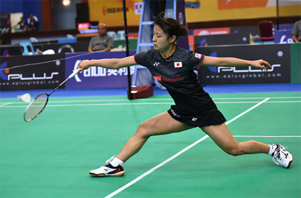 Japan's Nozomi Okuhara to play He Bingjiao of China in the BATC women's team final. (photo: AP)