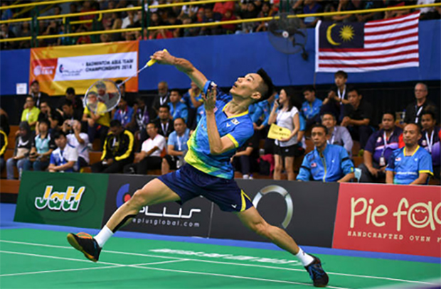 Lee Chong Wei turns down offer from a bookie.