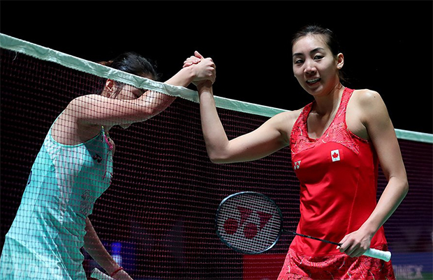Ratchanok Intanon (left) loses to Michelle Li at 2018 All England. (photo: Badminton England)