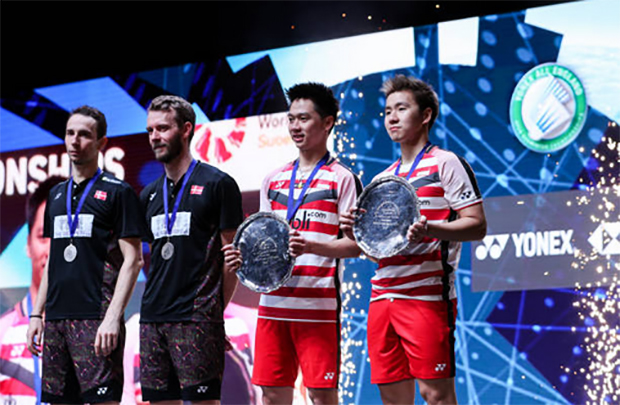 Marcus Fernaldi Gideon/Kevin Sanjaya Sukamuljo successfully defended their All England title. (photo: AP)