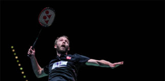 We really hope everything is OK with Carsten Mogensen. (photo: AFP)