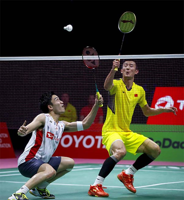 Kento Momota (left) has an extremely bright future ahead of him. (photo: AP)