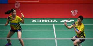 Goh Soon Huat/Shevon Jemie Lai cruise into the Singapore Open quarter-finals. (photo: AFP)