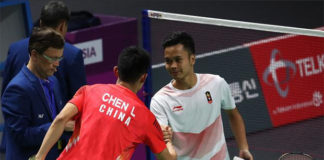 Anthony Sinisuka Ginting beats Chen Long in Asian Games quarter-finals.