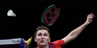 Badminton fans for sure not willing to see Viktor Axelsen to cancel international matches over player contract. (photo: AFP)