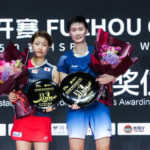 Chen Yufei finally able to break free from Nozomi Okuhara (L) to win the BWF World Tour Super 750 title. (photo: AFP)