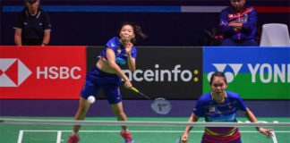 Chow Mei Kuan/Lee Meng Yean advance to the Syed Modi International semi-finals. (photo: AFP)
