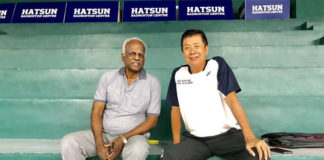 Rudy Hartono (R) at the Hatsun Badminton Centre in Thiruthangal, Tamil Nadu. (photo: PT)