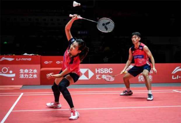 Chan Peng Soon/Goh Liu Ying definitely need to improve their skills and need a better coaching system in order for them to advance to higher level. (photo: AFP)