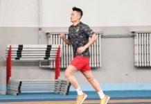 Lin Dan doing some track workouts.