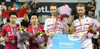 Carsten Mogensen (R)/Mathias Boe beat World No. 1 Marcus Fernaldi Gideon/Kevin Sanjaya Sukamuljo to win the 2017 Korea Open. (photo: AFP)