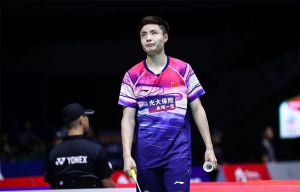 Shi Yuqi looks calmer in the 2019 Sudirman Cup opener compared to his performance at the 2018 Thomas Cup tournament. (photo: osport)