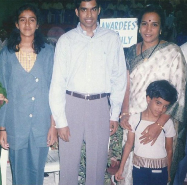 "Young PV Sindhu (front-right) and ""young"" Pullela Gopichand :-). (photo: successtory.com)"