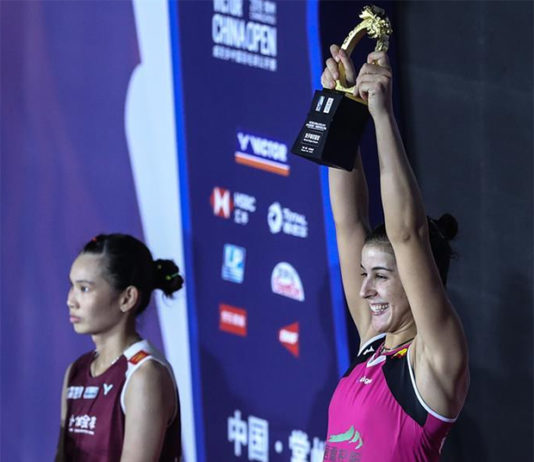 Carolina Marin defeats Tai Tzu Ying in China Open final. (photo: AFP)