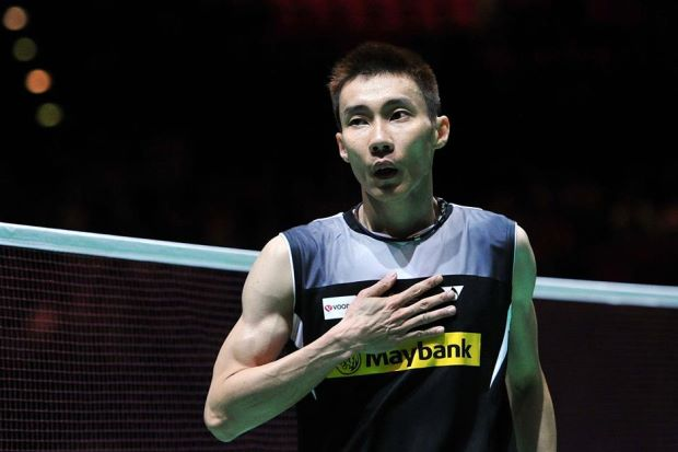Malaysia's Lee Chong Wei had a close shave with defeat before beating South Korean Son Wan-ho in three sets in the semi-final of the All-England in Birmingham on Saturday.