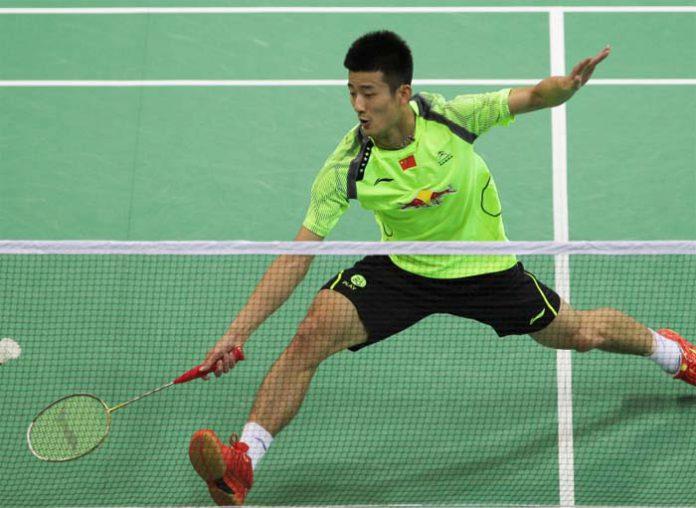 Chen Long defeated Boonsak Ponsana 21-16, 21-8