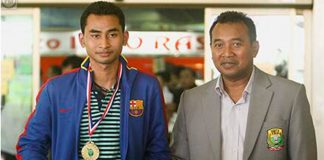 Like father, like son, both Tommy (left) and Icuk are top badminton players in the world