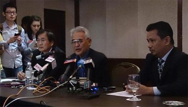 BAM president Tengku Mahaleel (middle) talks to media regarding the doping issue