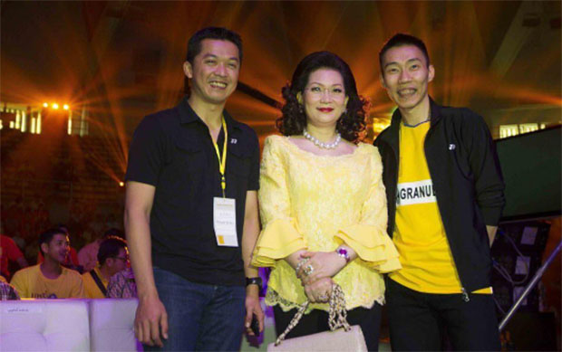 Taufik Hidayat & Lee Chong Wei with Countess Leeswadtrakul at the Badminton Thai Glory to the King event