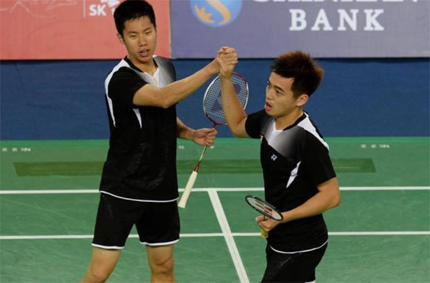 Wish Goh V Shem (left) and Tan Wee Kiong a successful 2015