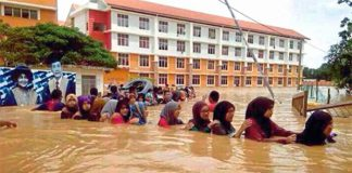 Please help Malaysia flood victims