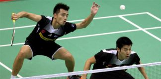 Both Tan Wee Kiong (left) and Goh V Shem have some sort of injuries on them, hope they could do well in Malaysia Masters