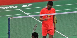 Tommy Sugiarto dropping to his knees to celebrate his India Open victory over Lin Dan. (Photo: S. Subramanium)