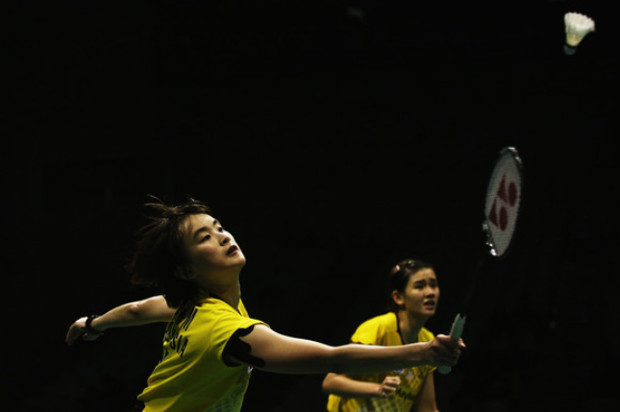 Good luck to Vivian Hoo (left) and Woon Khe Wei at the China Masters
