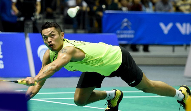 Lin Dan is on course to defend the Badminton Asia Championships title
