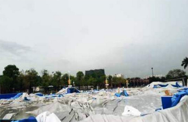 The scene after the roof collapsed at Tianhe Olympic Badminton Center in Guangzhou