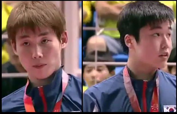 Son Wan-ho loses to Jeon Hyeok-Jin (right) in the 2015 Universiade men's singles final.