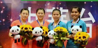 Greysia Polii/Nitya Krishinda Maheswari (blue shirt) overcame Luo Yu/Luo Ying to lift women's doubles title at last week's Chinese Taipei Open.