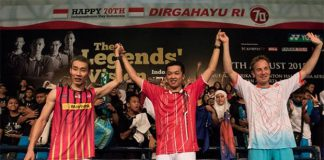Lee Chong Wei, Taufik Hidayat, and Peter Gade (from left) are pleased and proud to announce the launch of Yonex the Legends' Vision in Jakarta. (photo: Vitalis Yogi Trisna)