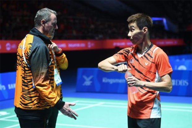 Both Morten Frost and Lee Chong Wei should work smoothly together if they want to be successful.