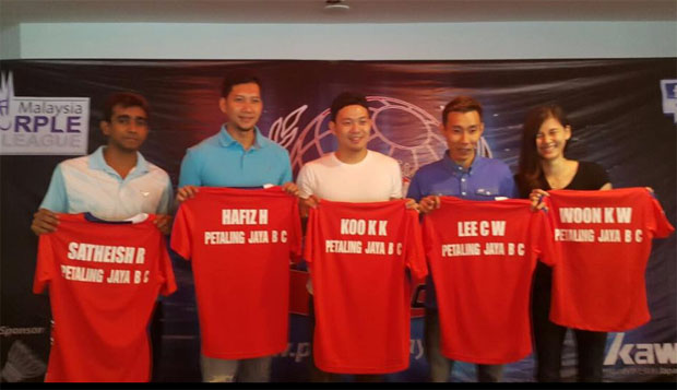 R. Satheishtharan, Mohd Hafiz Hashim, Koo Kien Keat, Lee Chong Wei and Woon Khe Wei (from left) at the PJBC signing ceremony on Wednesday. (photo: Manoj Kumar)