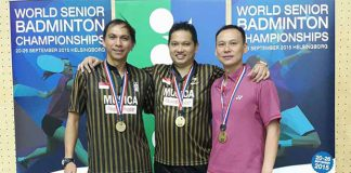 3 of the most dominant badminton players in their era pose for pictures, Flandy Limpele, Harijanto Arbi and Tony Gunawan (from left). (photo: flypower)