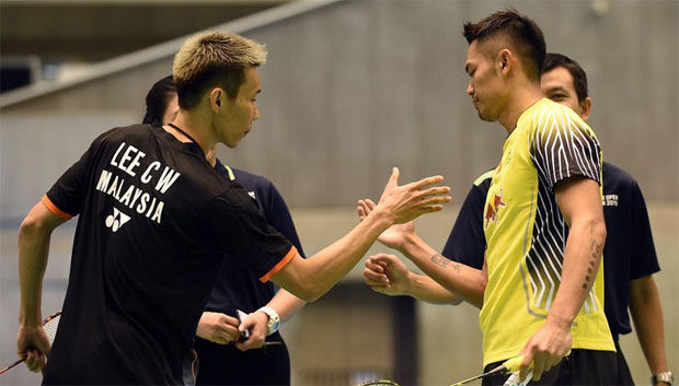 Lee Chong Wei and Lin Dan book mouthwatering clash in China Open semis.(photo: AFP)