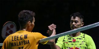 Lee Chong Wei shakes hand with Lin Dan after their China Open semi-final match. (photo: Xinhua)