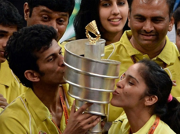 Saina Nehwal and her Hyderabad Hotshots team members celebrating after winning the inaugural edition of the Indian Badminton League 2013. (photo: IBL)