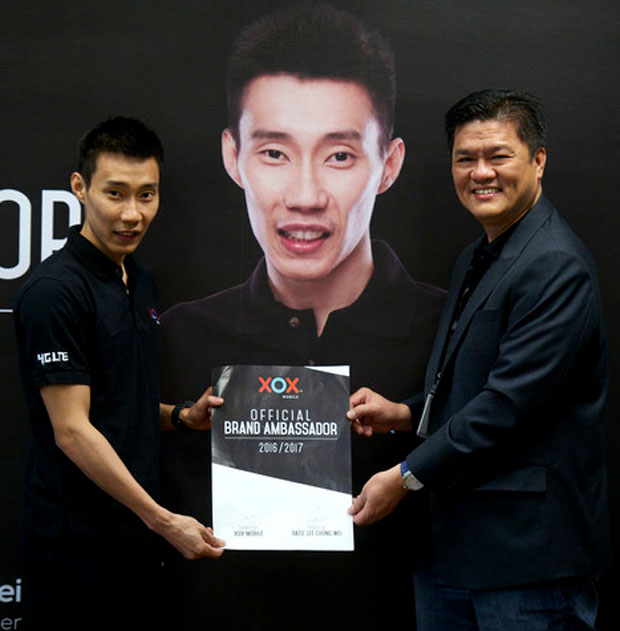 Lee Chong Wei is an official brand ambassador for XOX mobile. (photo: Bernama)