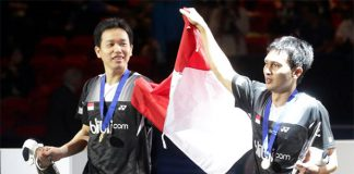 Mohammad Ahsan/Hendra Setiawan beat Lee Yong Dae/Ko Sung Hyun to win the 2013 Indonesia Open.