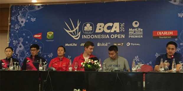 Lee Chong Wei attends the BCA Indonesia Open Superseries Premier press conference in Jakarta. (photo: AFP)