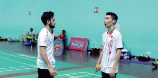 Parupalli Kashyap (left) and Lee Chong Wei play for Hyderabad Hunters in the Premier Badminton League (PBL). (photo: AFP)