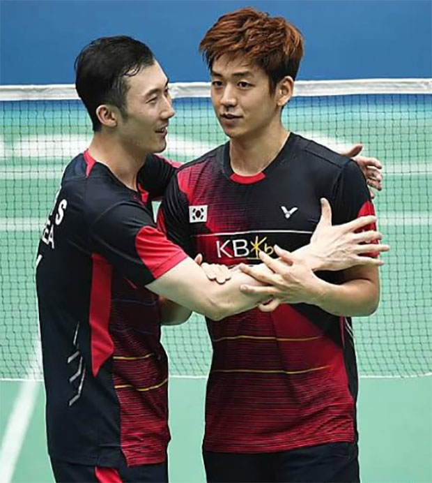 We will miss Lee Yong Dae (right) as well as Yoo Yeon-Seong very much. Good luck and best wishes! (photo: Newsis)