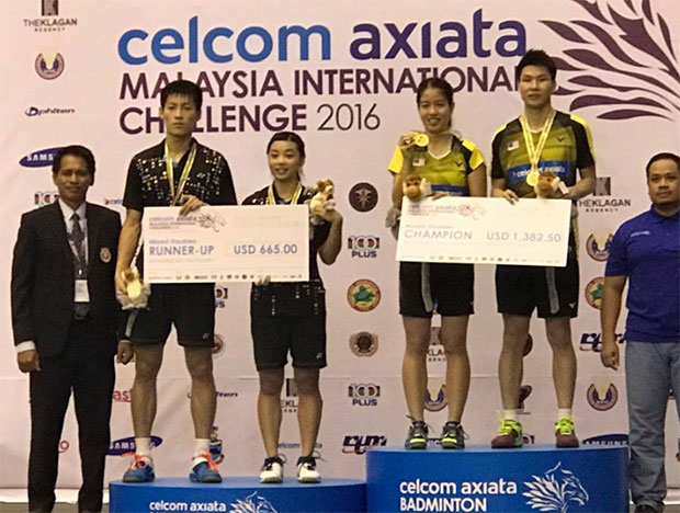 Goh Soon Huat-Shevon Lai Jemie stand on top of the Malaysia International Challenge podium. (photo: Pang Cheh Chang's facebook)